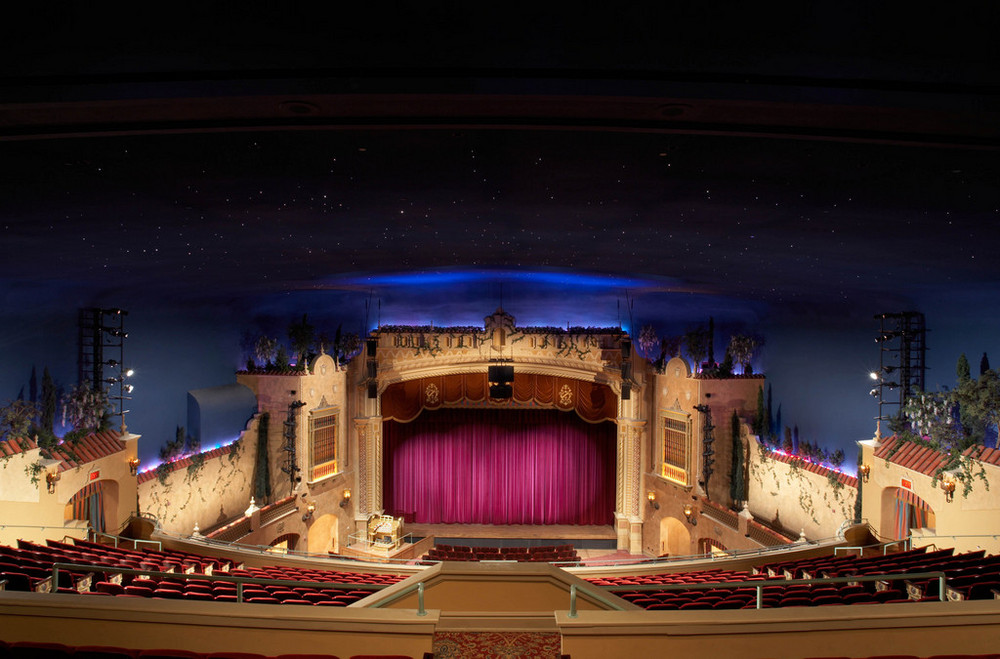 image of the Plaza Theater by David Sabal